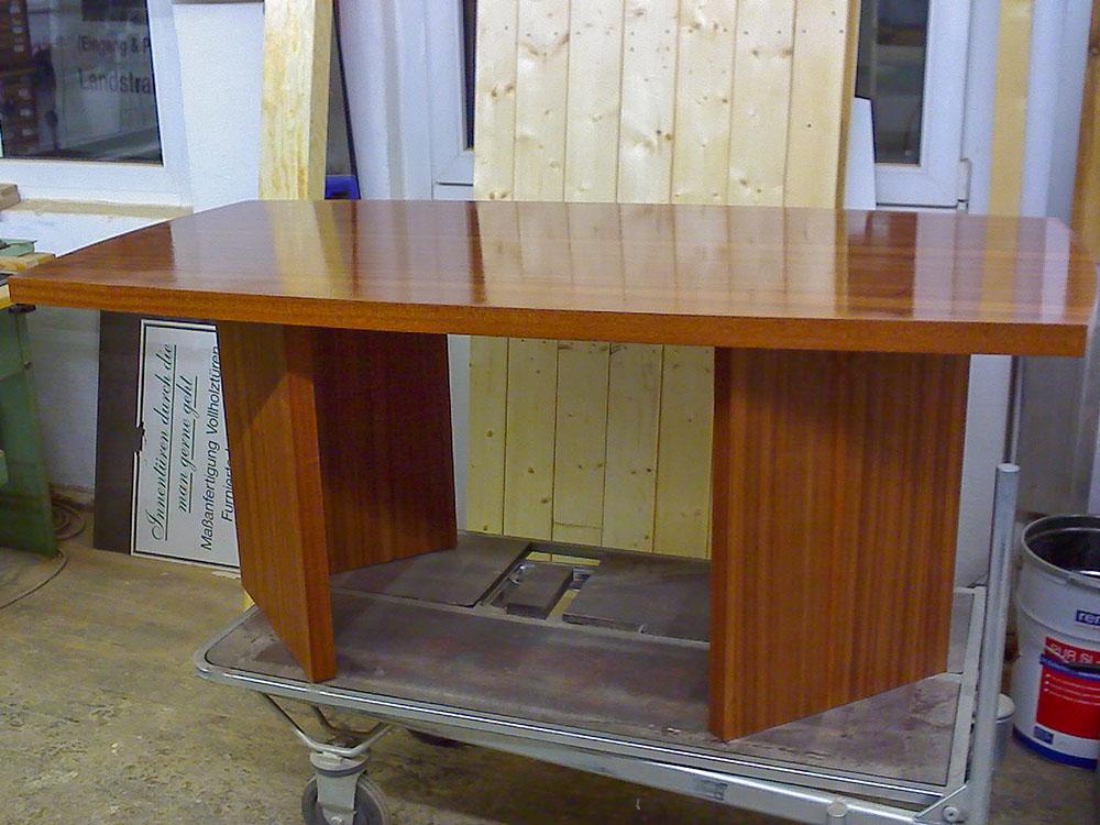Tisch Möbelbau
