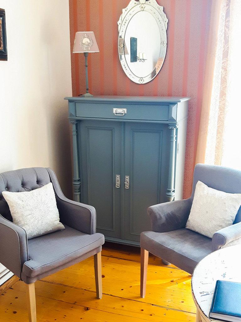 Restaurierte Stühle